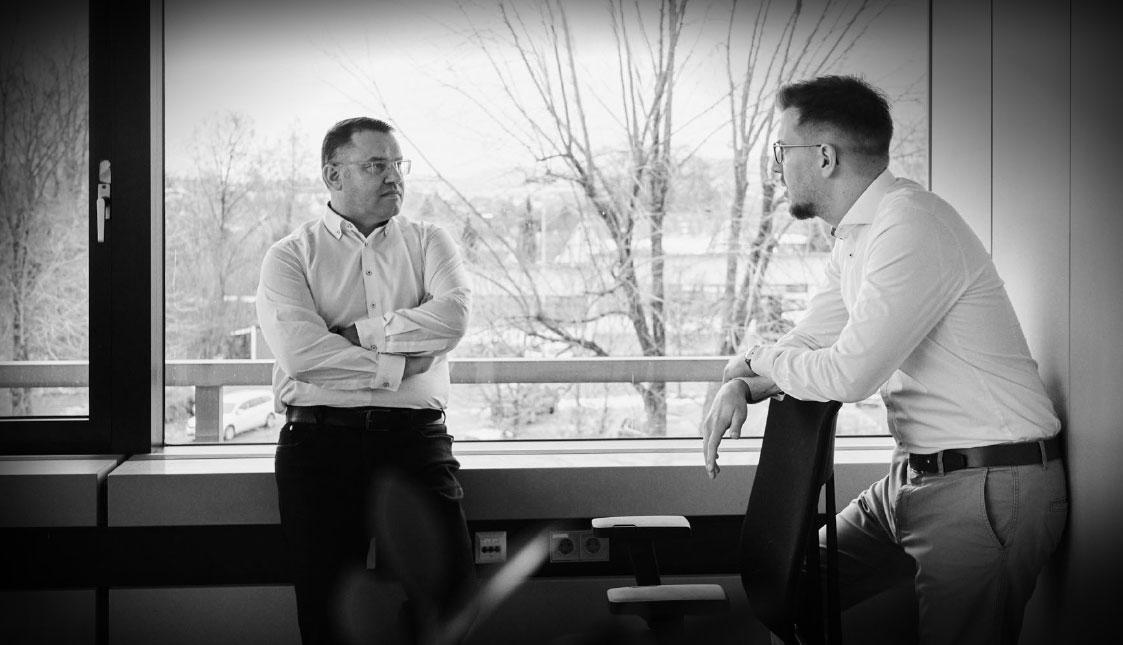 arvenio Geschäftsleitung Stefan Walliser und Dominik Wubs im Gespräch
